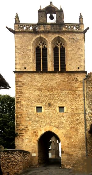 Aurignac, la porte de l'église