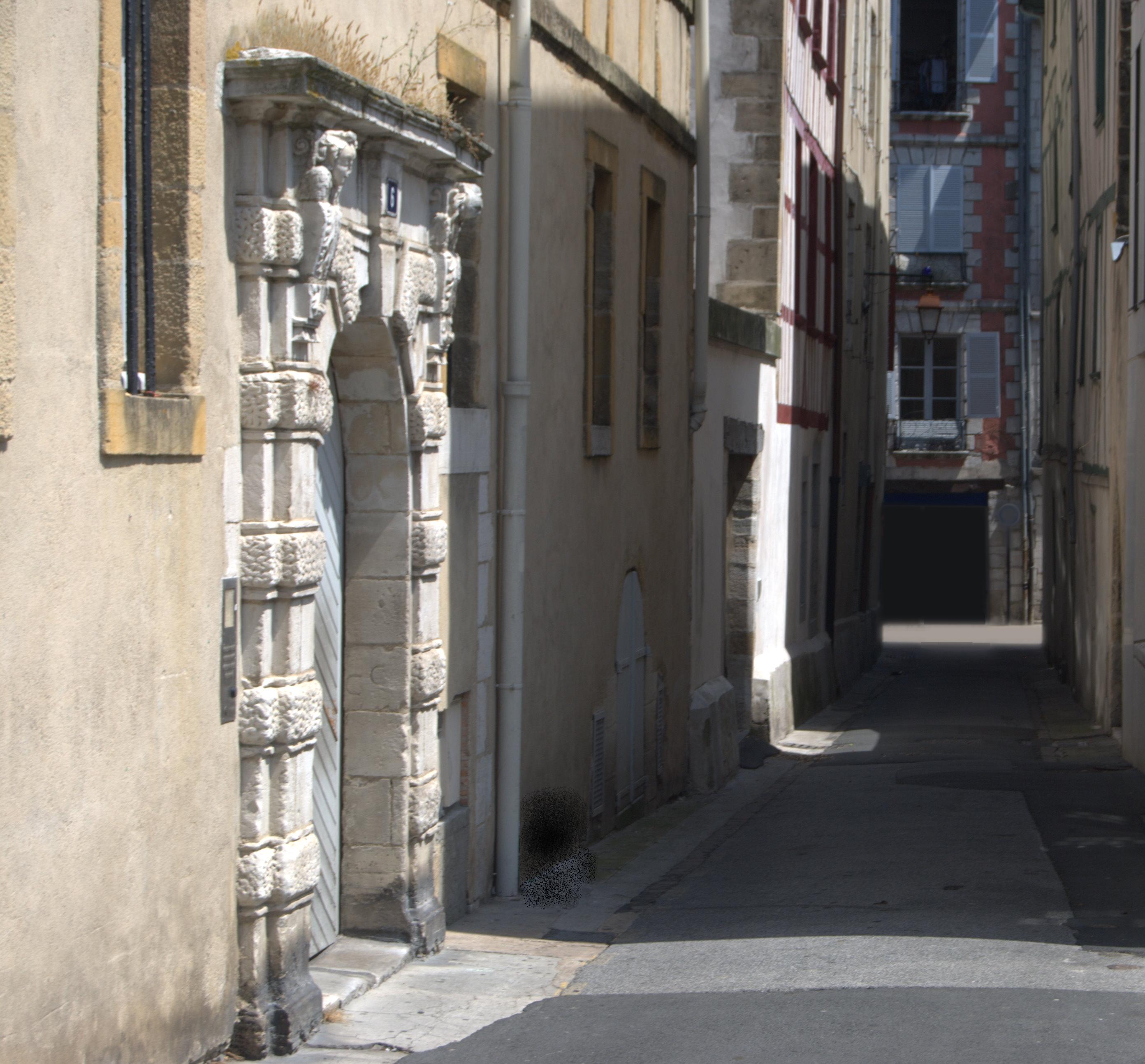 Le Livre d'Or - La Rue de la Savaterie aujourd'hui