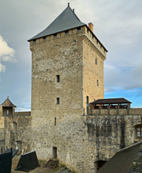 Le donjon du château de Mauvezin