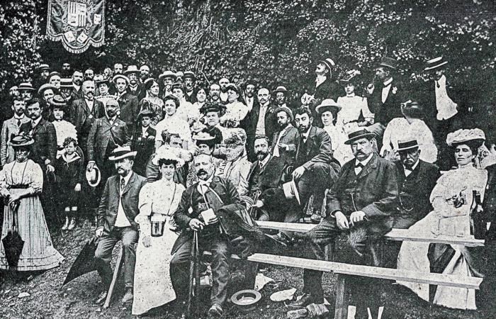 L'Escòla Gaston Febus fête la prise de possession du Château de Mauvezin le 31 août 1907
