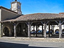 Halle de Saint-Clar