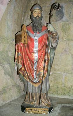 Statue de Saint-Bertrand au cloître